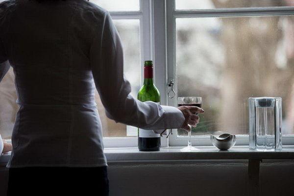 Равенство доводит шведок до алкоголизма