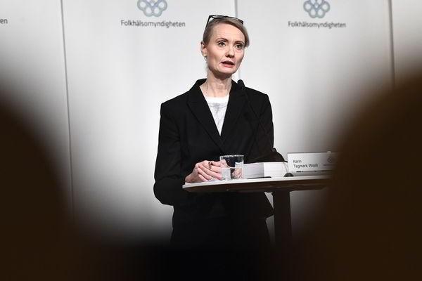 Число умерших от коронавируса в Швеции превысило 8 000