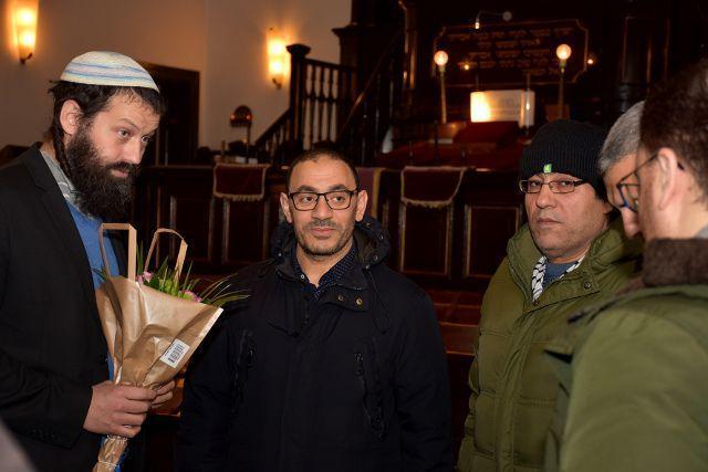 """""""Любые формы антисемитизма – неприемлемы"""": мусульманский и еврейский лидеры общин отреагировали на протесты в Швеции"""
