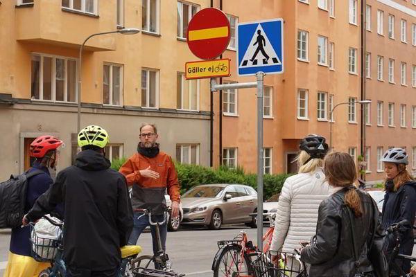 Чехарда с дорожными знаками может стоить Стокгольму 6 миллионов крон
