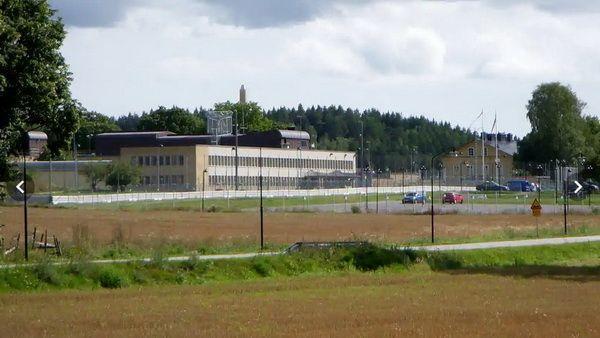 В шведской тюрьме скучно и плохо кормят